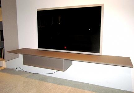 TV Paneel mit Wandboard von Kettnaker